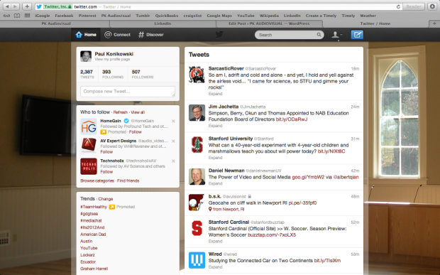 Twitter news feed using 1280 x 800 video resolution